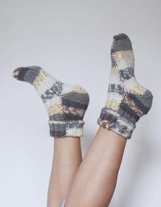 žlté ponožky nosimumenie