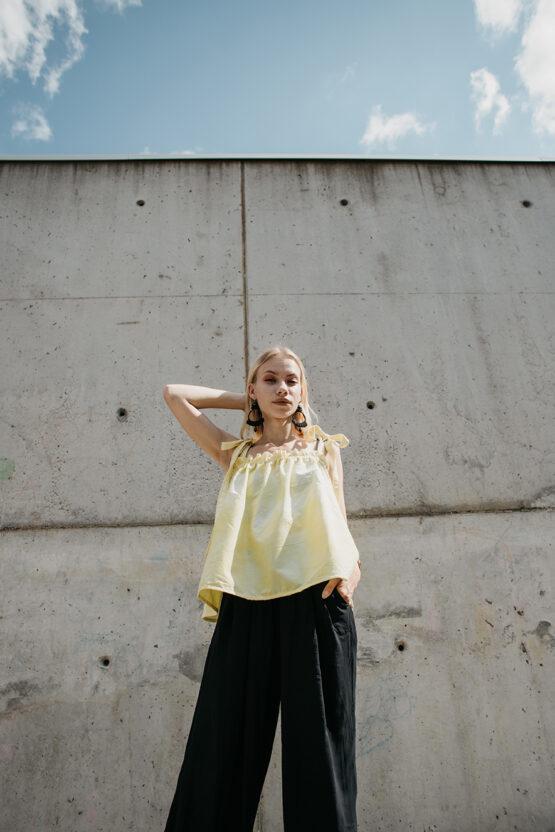 žlté-tričko-5-nosimumenie