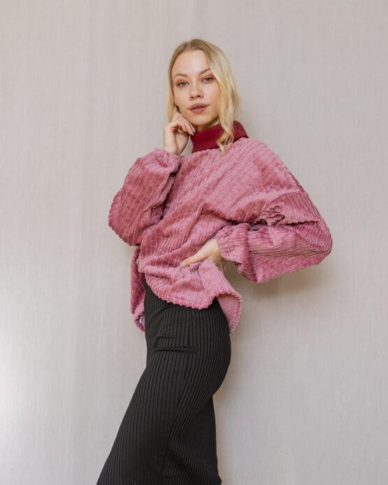ruzovy-sveter-nosimumenie