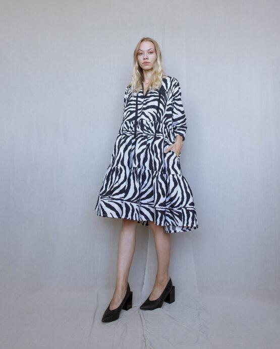 šaty-basic-zebra-nosimumenie
