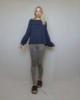 sveter-modry-1web