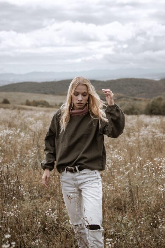 zeleny-sveter-3